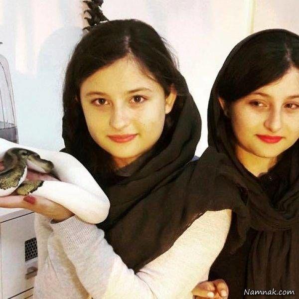 عکس سارا و نیکا با یک مار